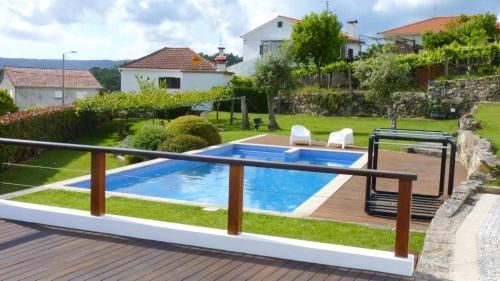 House with one bedroom in Prado with wonderful mountain view private pool and furnished garden 10 km, Vila Nova de Cerveira