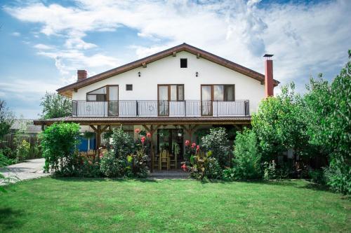 Casa Diana, Comana