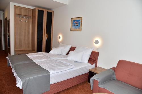 Hotel Makpetrol Struga,