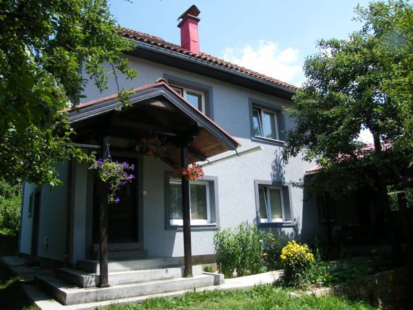 Guest Accommodation Bakic,