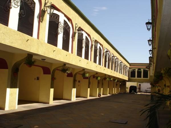 Hotel Coranda, Colima