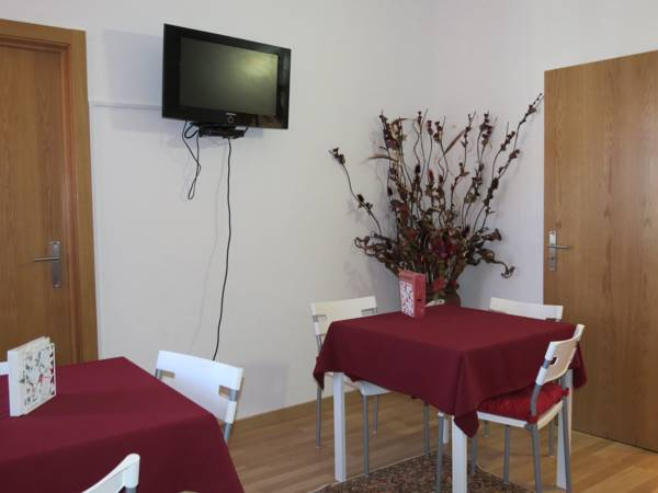 Alojamento Cesarini, Montijo