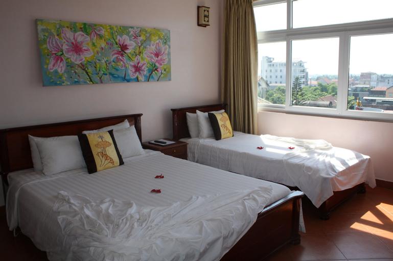 Holiday Diamond Hotel, Huế