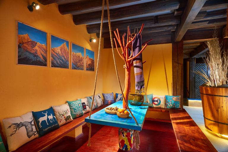 JIUMI Snow Mountain Original Art Hotel, Dêqên Tibetan