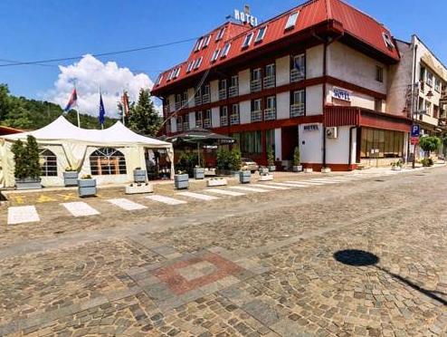 Hotel Sax Balkan, Dimitrovgrad