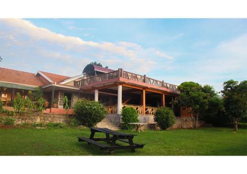 Lake Victoria View Guest House, Entebbe