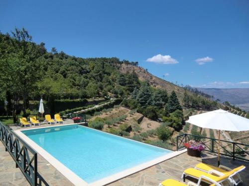 House with 2 bedrooms in Torre de Moncorvo with wonderful mountain view shared pool and enclosed gar, Torre de Moncorvo