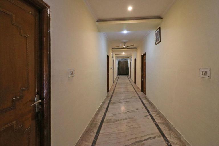 OYO 6073 Hotel K M B, Mathura