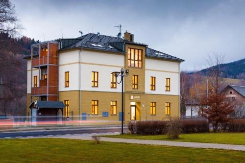 Hotel Valdes, Šumperk