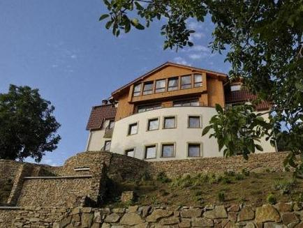 Hotel & Medi-Spa Bialy Kamien, Lubań