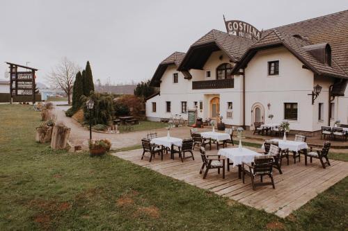 House Pri lipi, Vuzenica