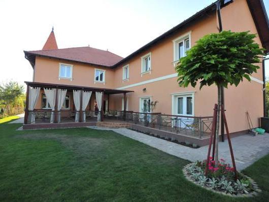 Villa Larus, Subotica