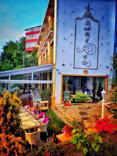 Bab-i Zer Konaklama Ve Restoran, Merkez