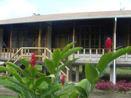 Shaman Lodge, Tena