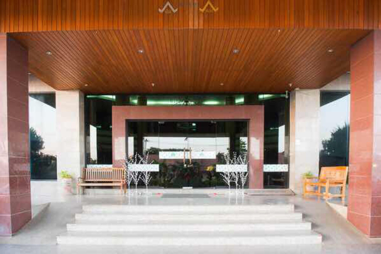 JP Emerald Hotel, Amphoe Muang Yasothon
