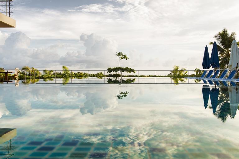 Acajou Beach Resort,