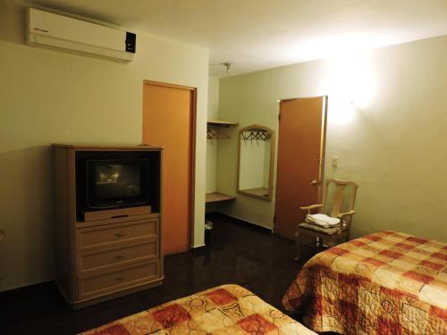 Hotel Grand Reyes, Monterrey