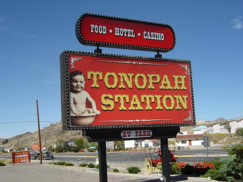 Tonopah Station Hotel and Casino, Nye