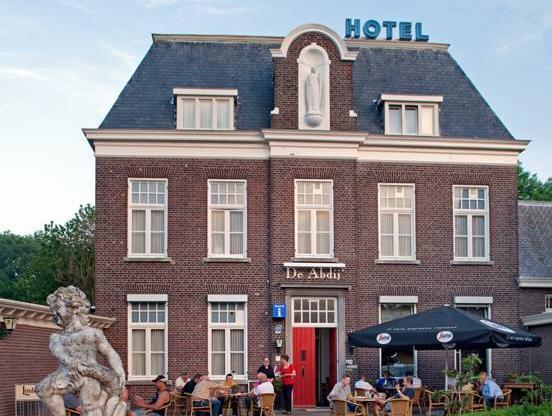 Hotel de Abdij, Haelen