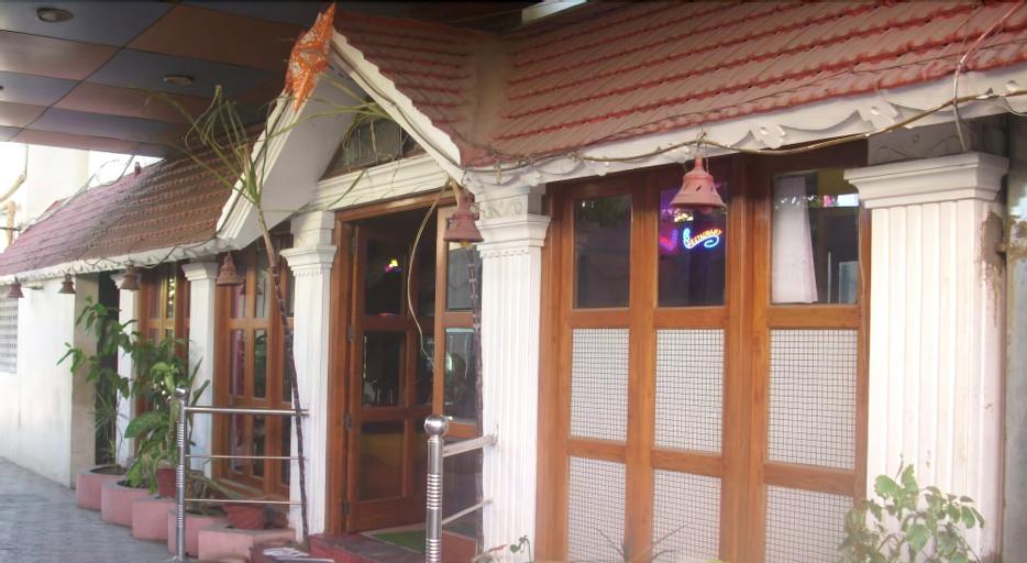 Hotel Manickam Grand, Kancheepuram