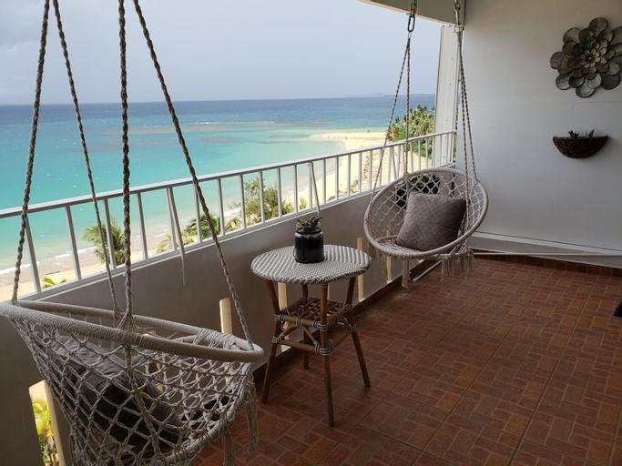 Gorgeous Beach Front Studio,
