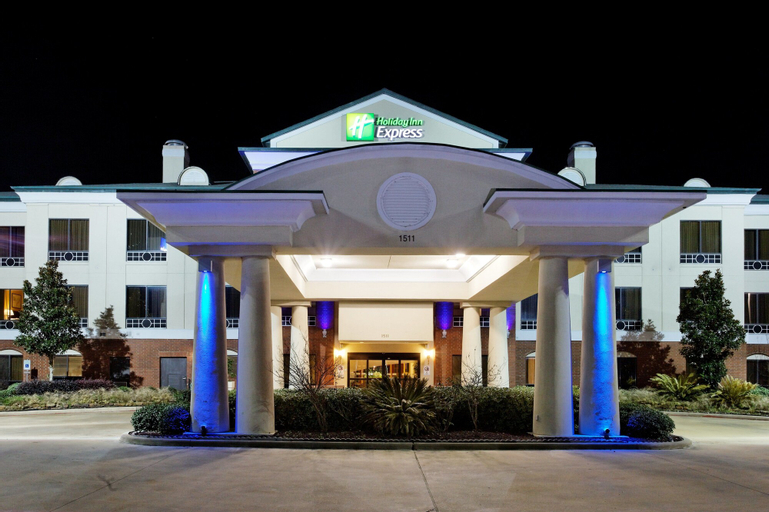 Holiday Inn Express Crockett, Houston