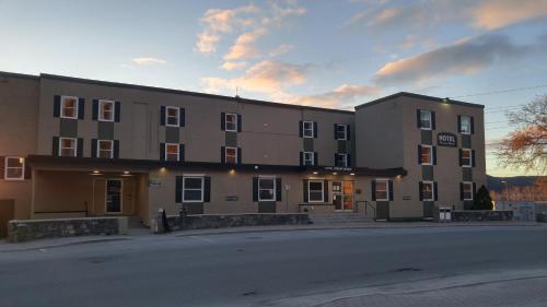 Historic Hotel Corner Brook, Division No. 5