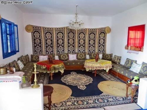 Auberge Hjar nhal, Tanger-Assilah
