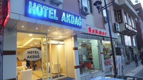Hotel Akdag, Merkez
