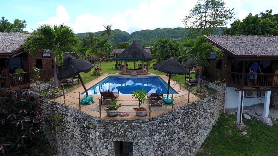 Parrot Paradise Resort, Alcoy
