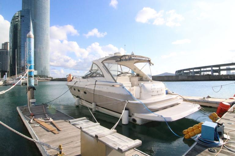 Busan Yacht, Haeundae