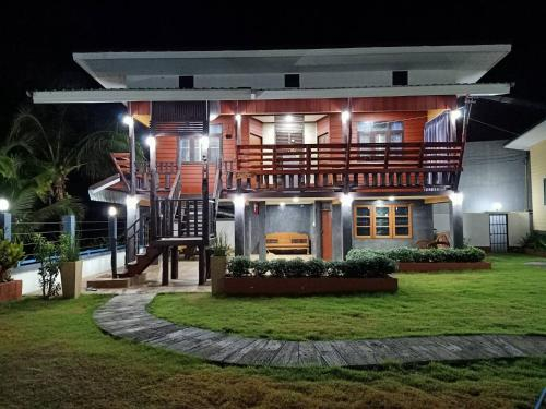บ้านสวนแก้วเฮือนคำ, San Pa Tong