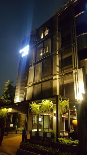 bangkok bed place, Din Dang
