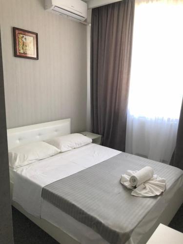 MEDELEAN HOTEL,