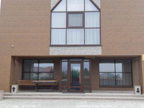 Shokolad Hotel, Anivskiy rayon