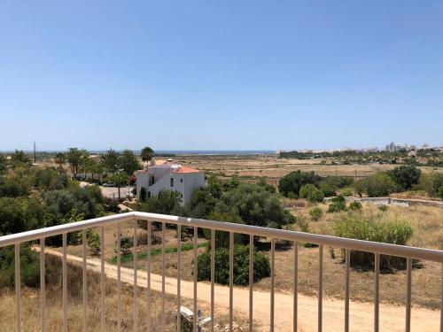 Pera Heights, Silves