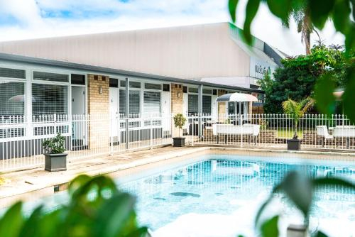 Twin Willows Hotel, Bankstown  - North-West