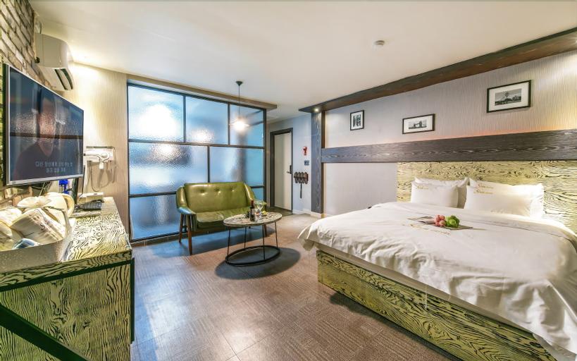 Some Hotel, Yeosu