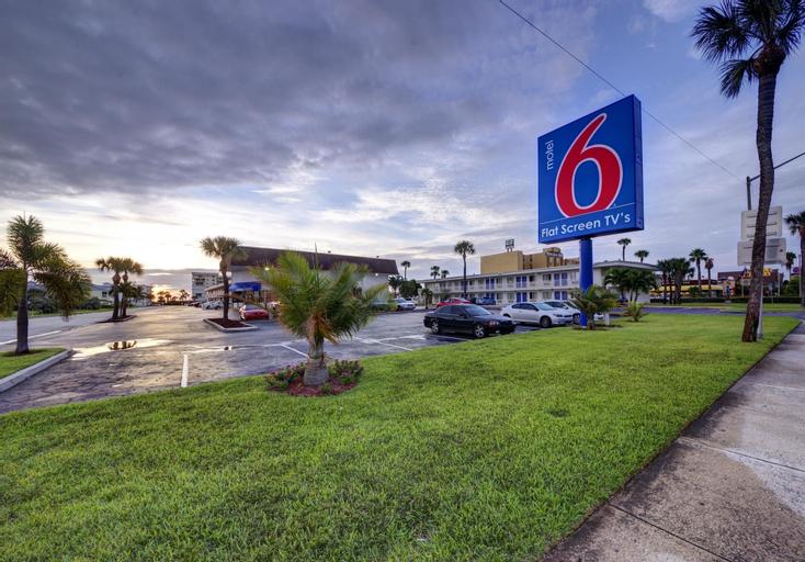 Motel 6-Cocoa Beach, FL, Brevard