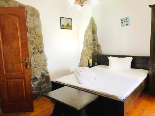 Hotel Rustiq, Santimbru