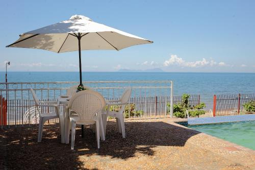 Lakeside Hotel, Lake Malawi