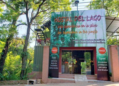 Hostal del Lago, Water body