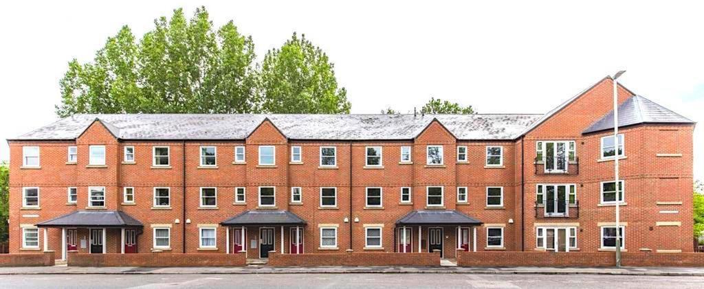 Standard: Apt 5: 2nd Floor, Darlington