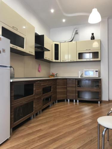 Light Apartments, Chernihivs'ka