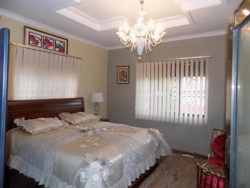 Billionaire's Suites, Buikwe