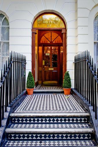 Avonmore Hotel Cartwright Gardens, London