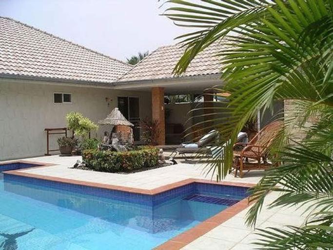 Baansiesom Private Pool Villa, K. Sam Roi Yot