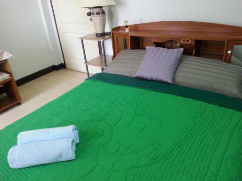 Roong-Arun Apartment, Sai Mai