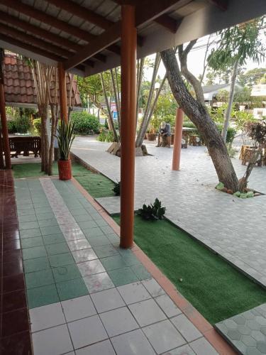 Haad Somboon House, Bang Saphan