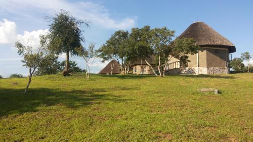 Parkside Safari Lodge, Nwoya